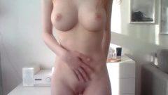 Striptease van perfect lichaam 19 jr oud cammeisje
