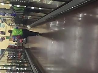 Wide Walmart ass